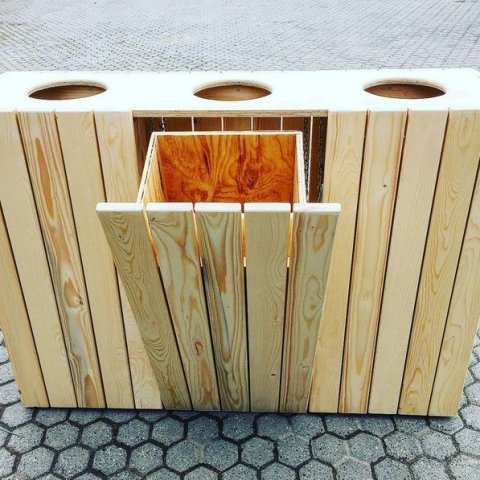 DIY Construction project for Outdoor Recycling Bin