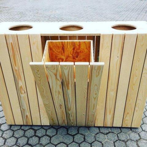 Progetto per costruire pattumiera per riciclo da esterno for Progetti fai da te legno pdf